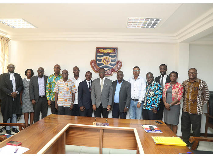 Vice-Chancellor with members of IEPA Committee