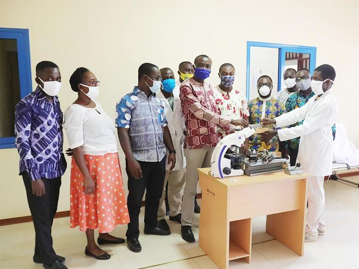 Dr. David Larbi Simpong donating the equipment to the Provost